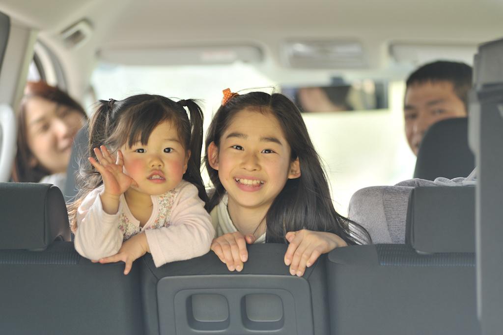 車内の子供